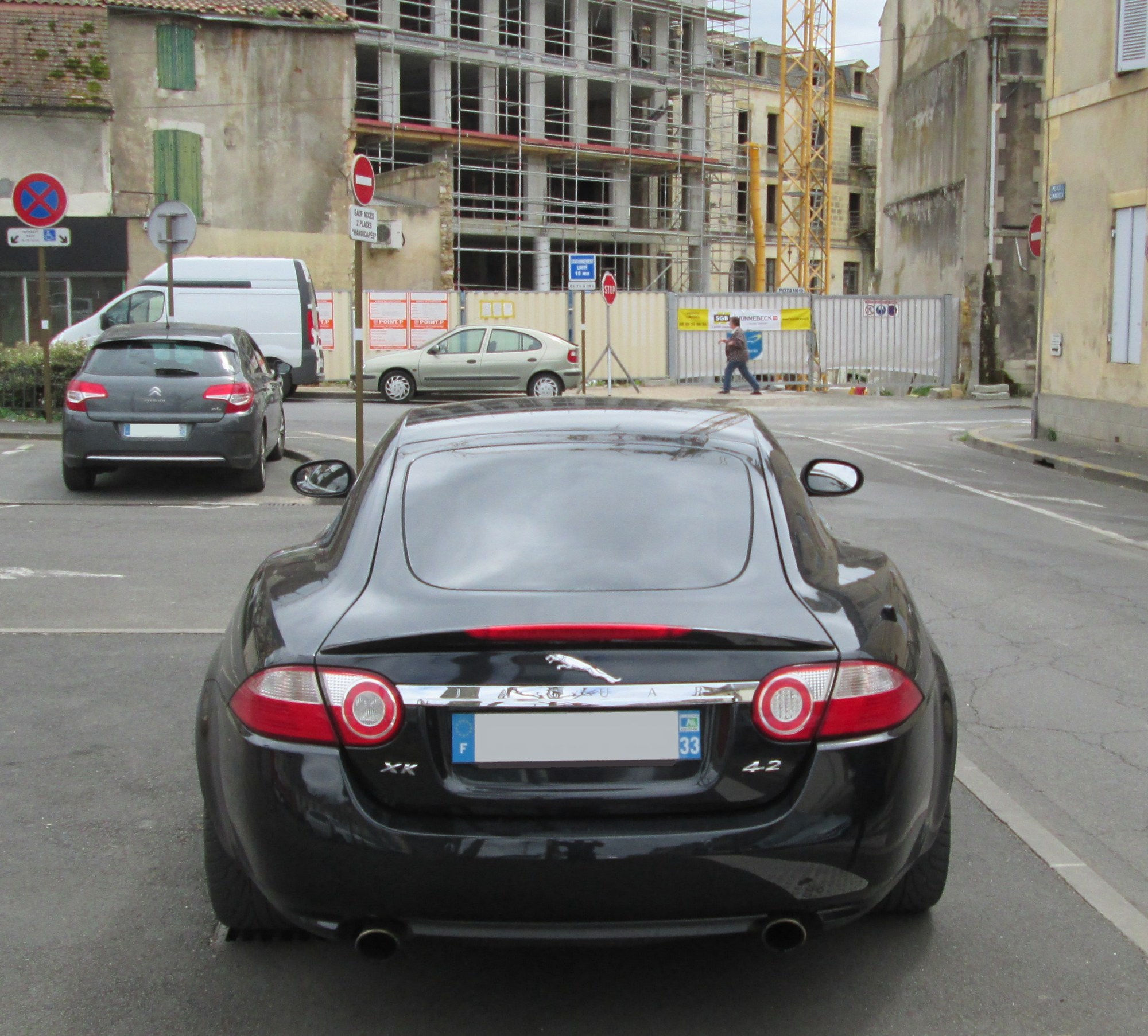 hight resolution of file jaguar xk 4 2 rear view jpg