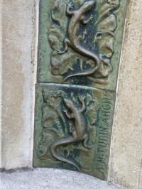 File:Alexandre Bigot ceramic tile detail.jpg - Wikimedia ...