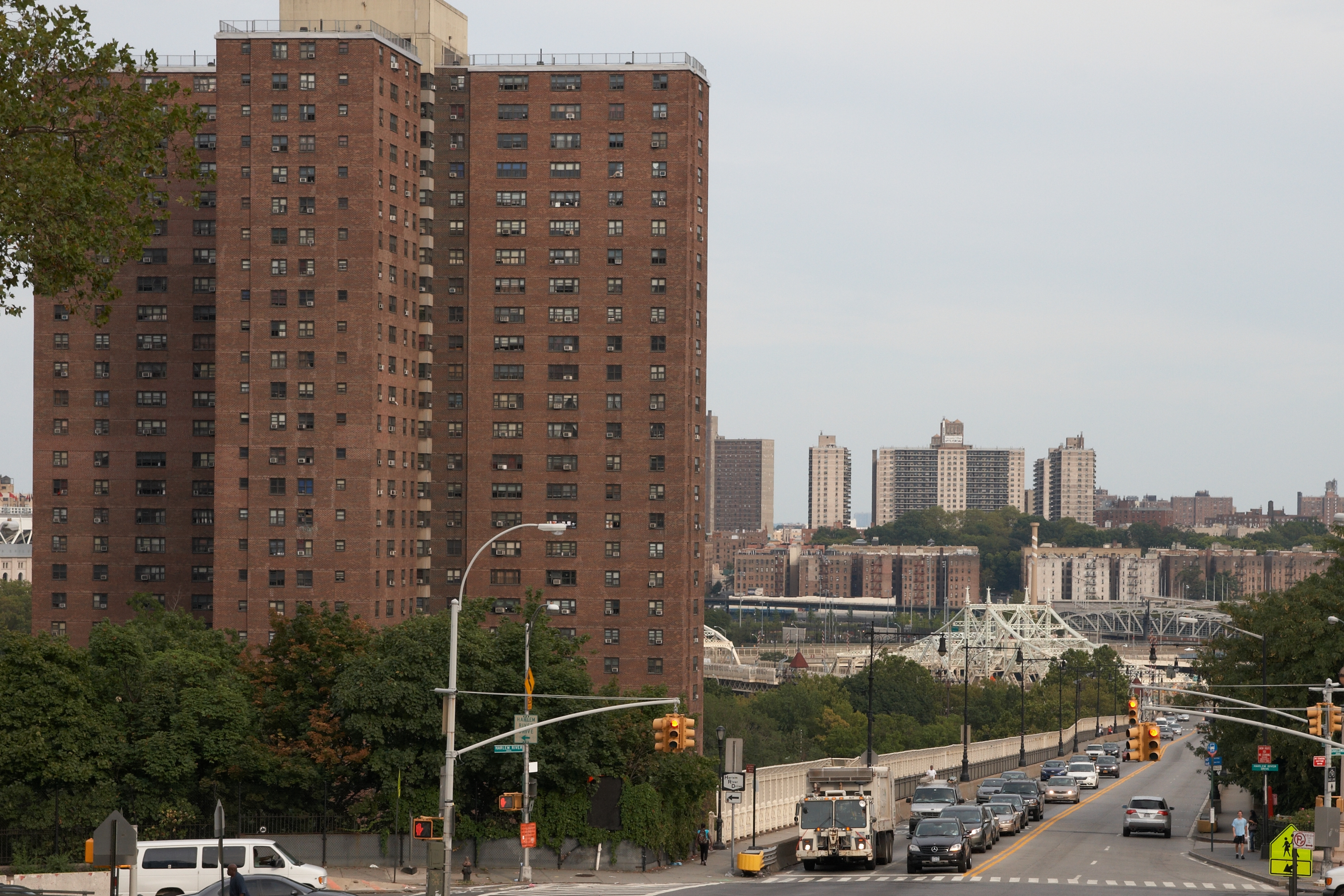 FilePolo Grounds Towers at W 155th St Manhattanjpg