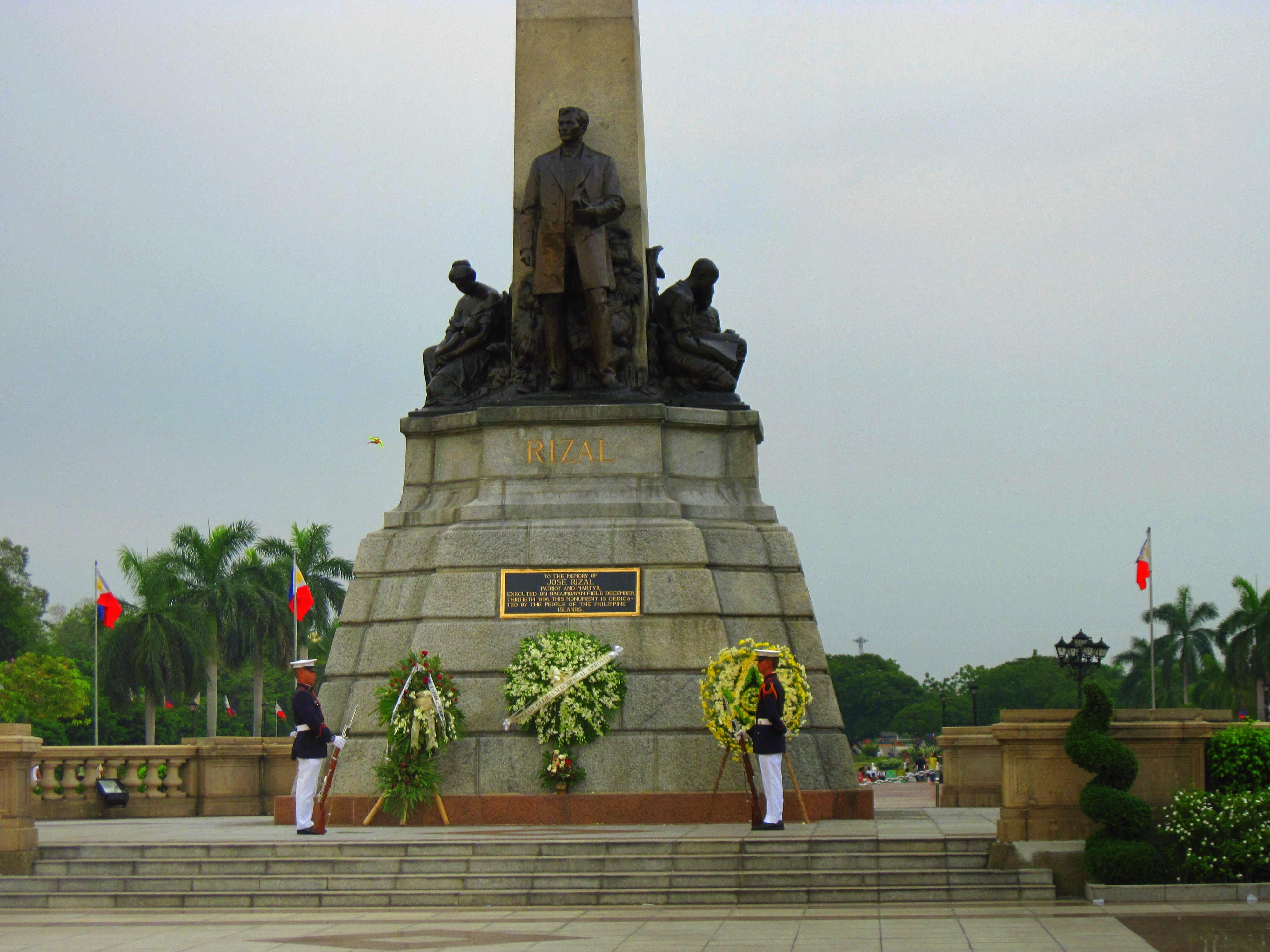 File Rizal Monument At Luneta Park