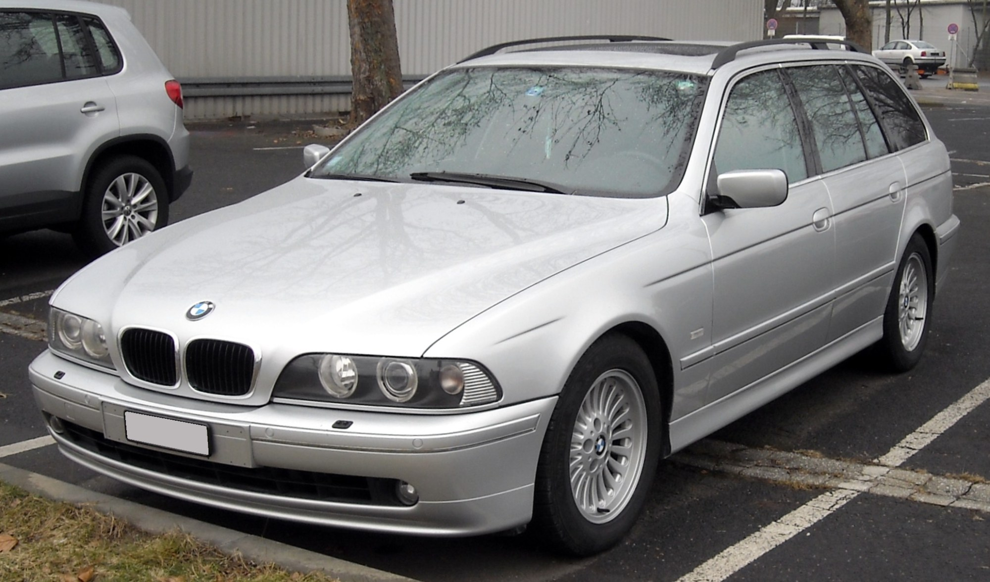 hight resolution of e39 touring front