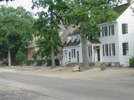 View of Duke of Gloucester Street in Colonial ...