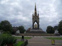 File Albert Memorial And - Wikimedia Commons