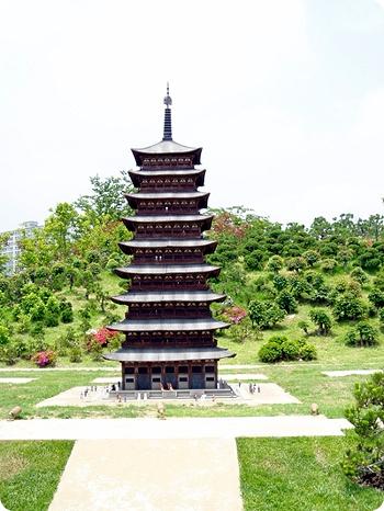 File:Hwangnyongsa Pagoda miniature.jpg