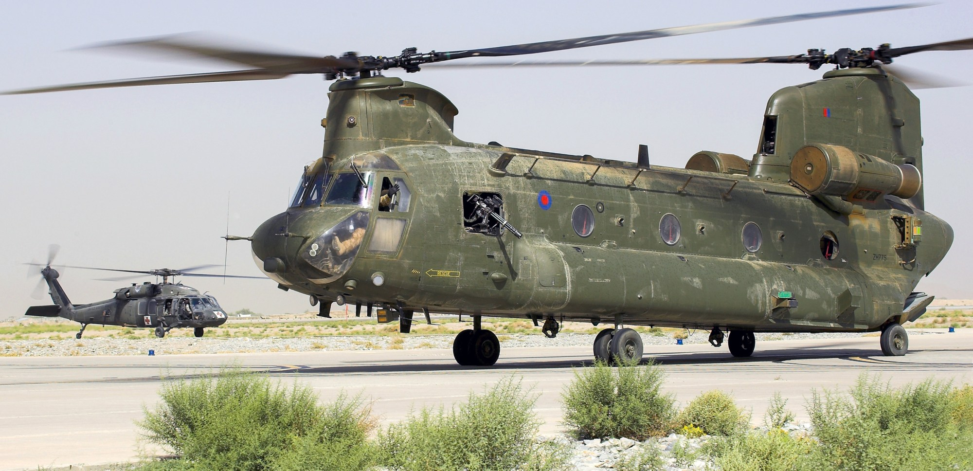 hight resolution of hc2 zh775 with hh 60m medevac in background at kandahar 2010 chinook helicopters