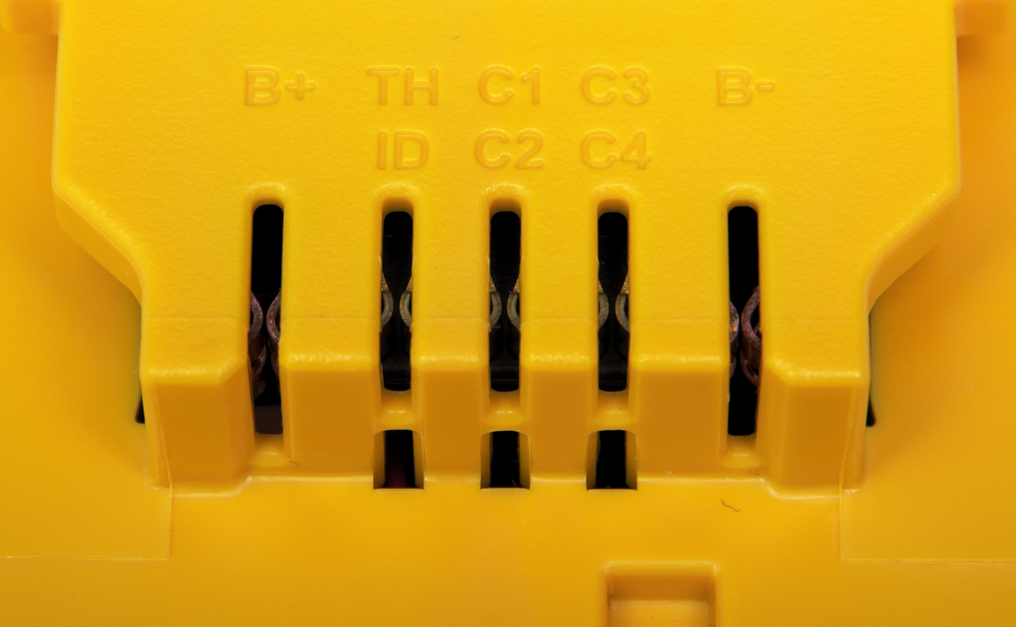 hight resolution of file contacts on dewalt 20v max battery jpg