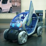 File Renault Twizy Z E Concept Front Quarter Jpg Wikimedia Commons