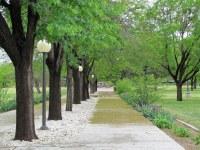File:Walkway outside Golden Library, NMU.jpg - Wikimedia ...
