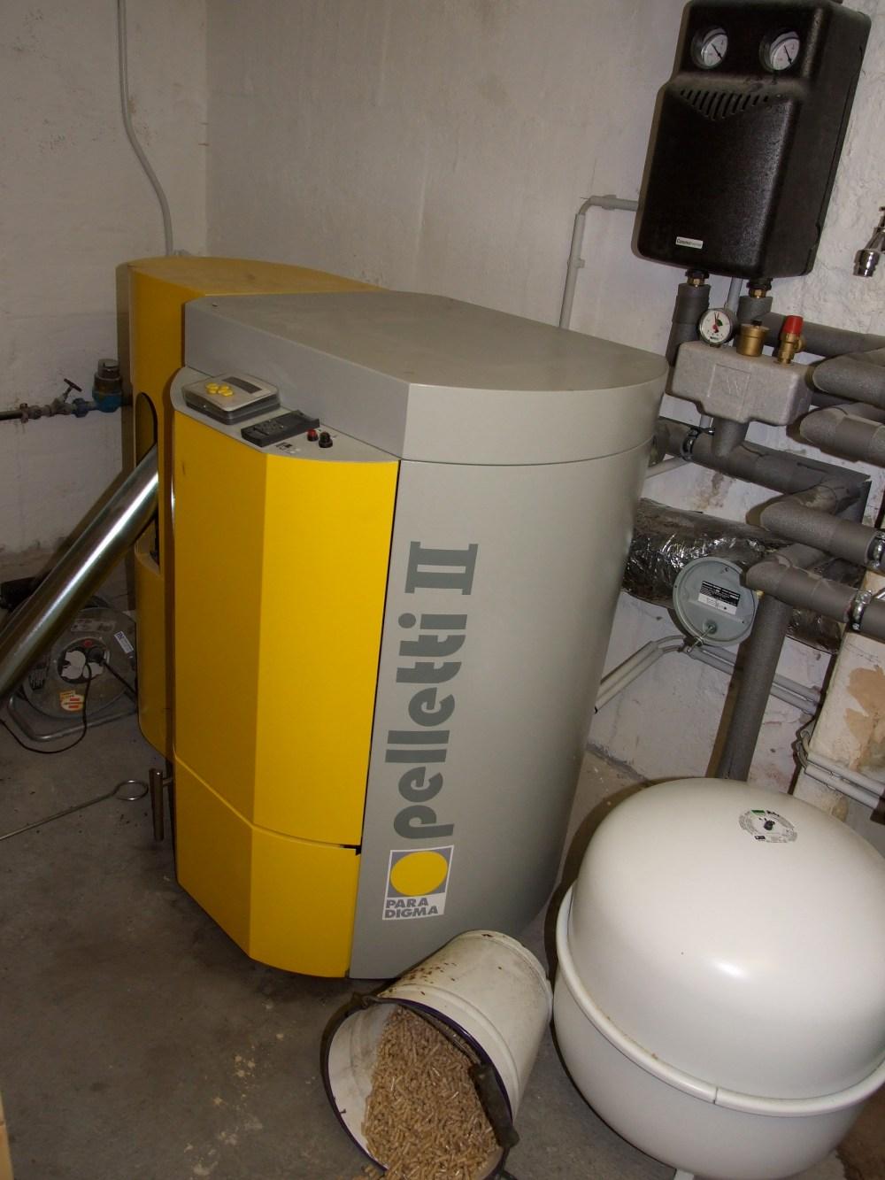 medium resolution of combi boiler with underfloor heating and radiator
