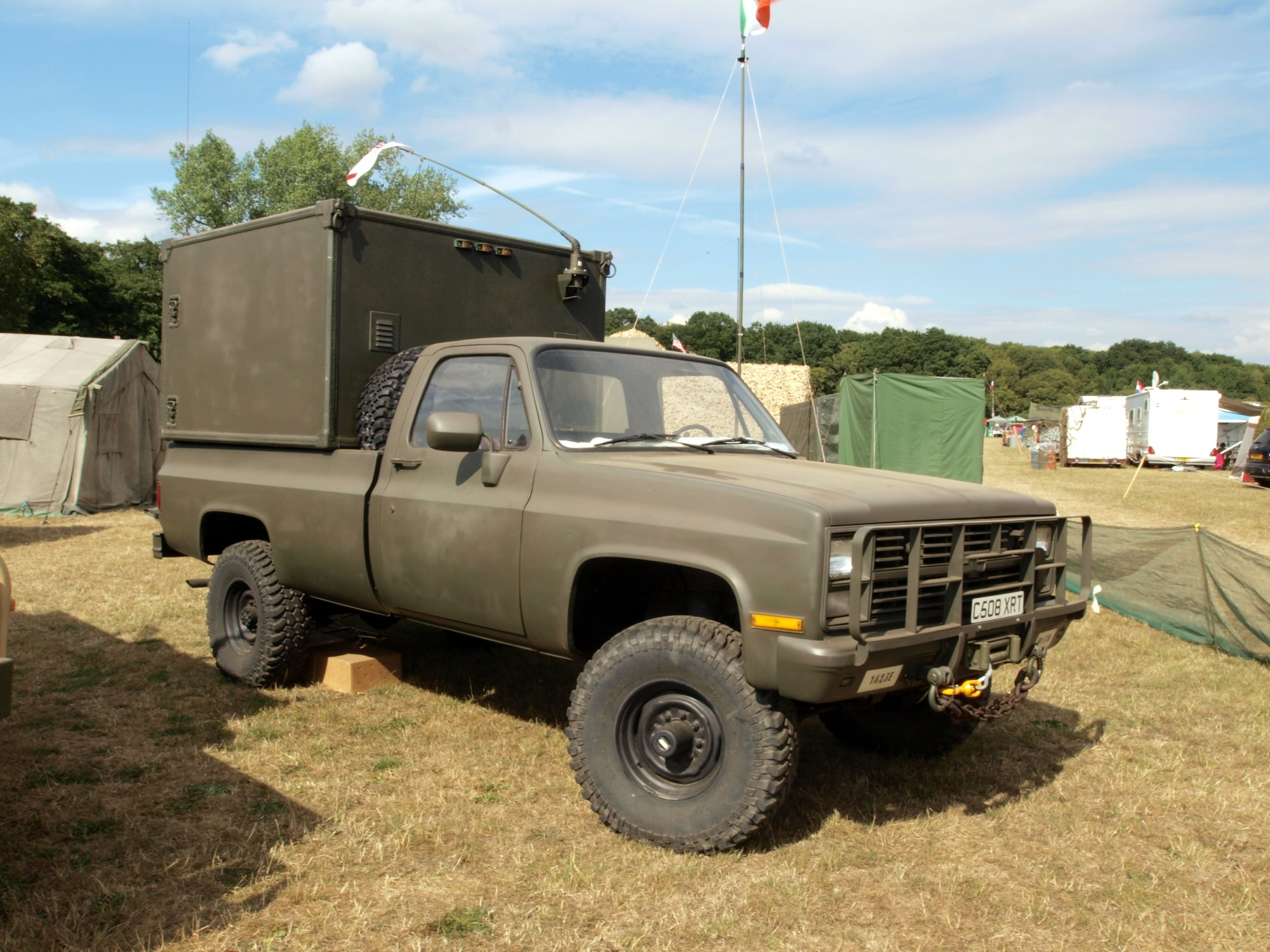 hight resolution of file chevrolet k30 pick up with box pic3 jpg