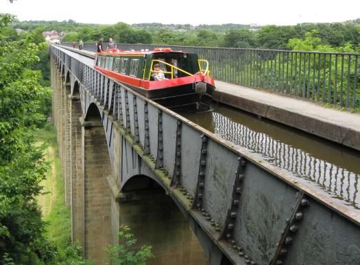 「Ellesmere Canal」的圖片搜尋結果