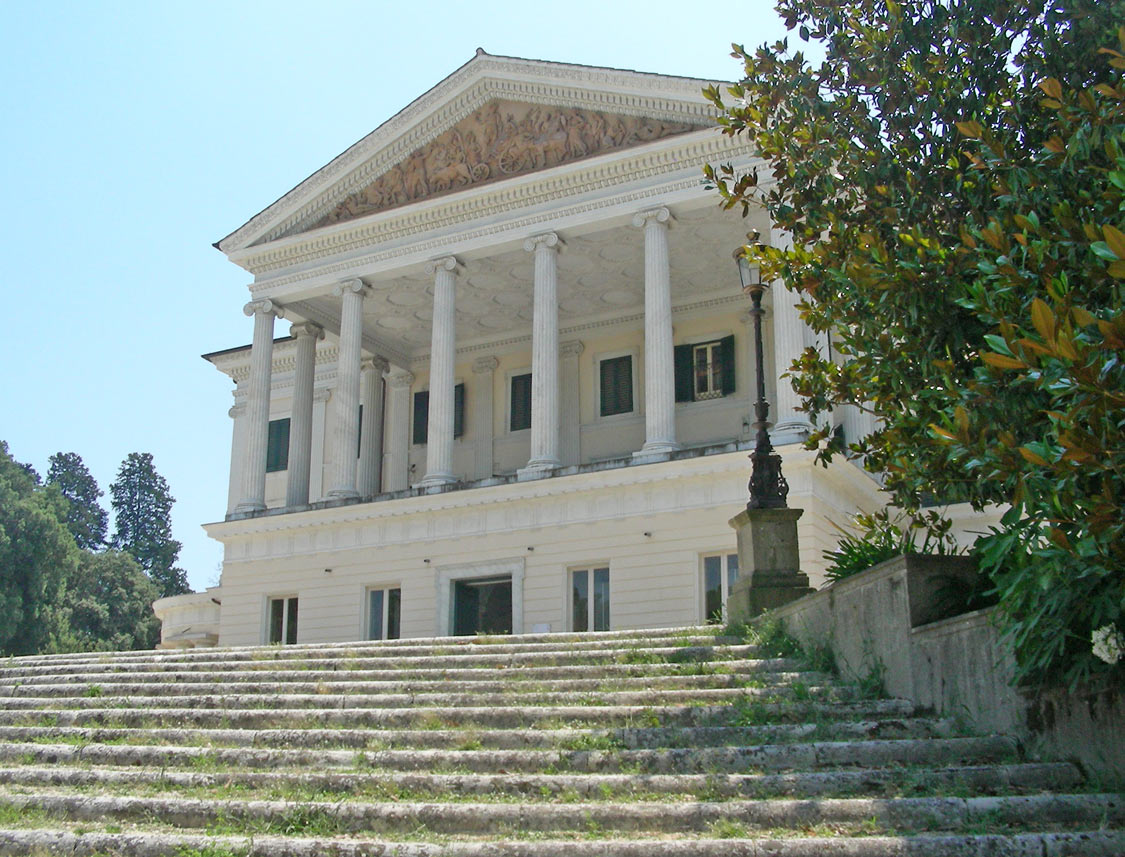 Residenza di Mussolini a Villa Torlonia  Wikipedia