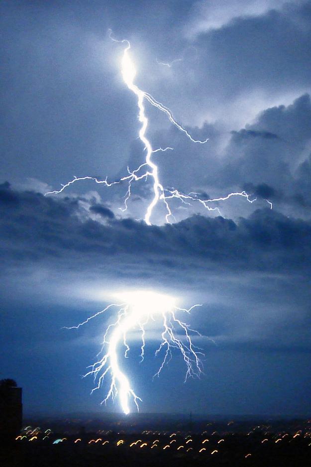 Animated Lightning Wallpaper Bliksem Wikiwoordenboek