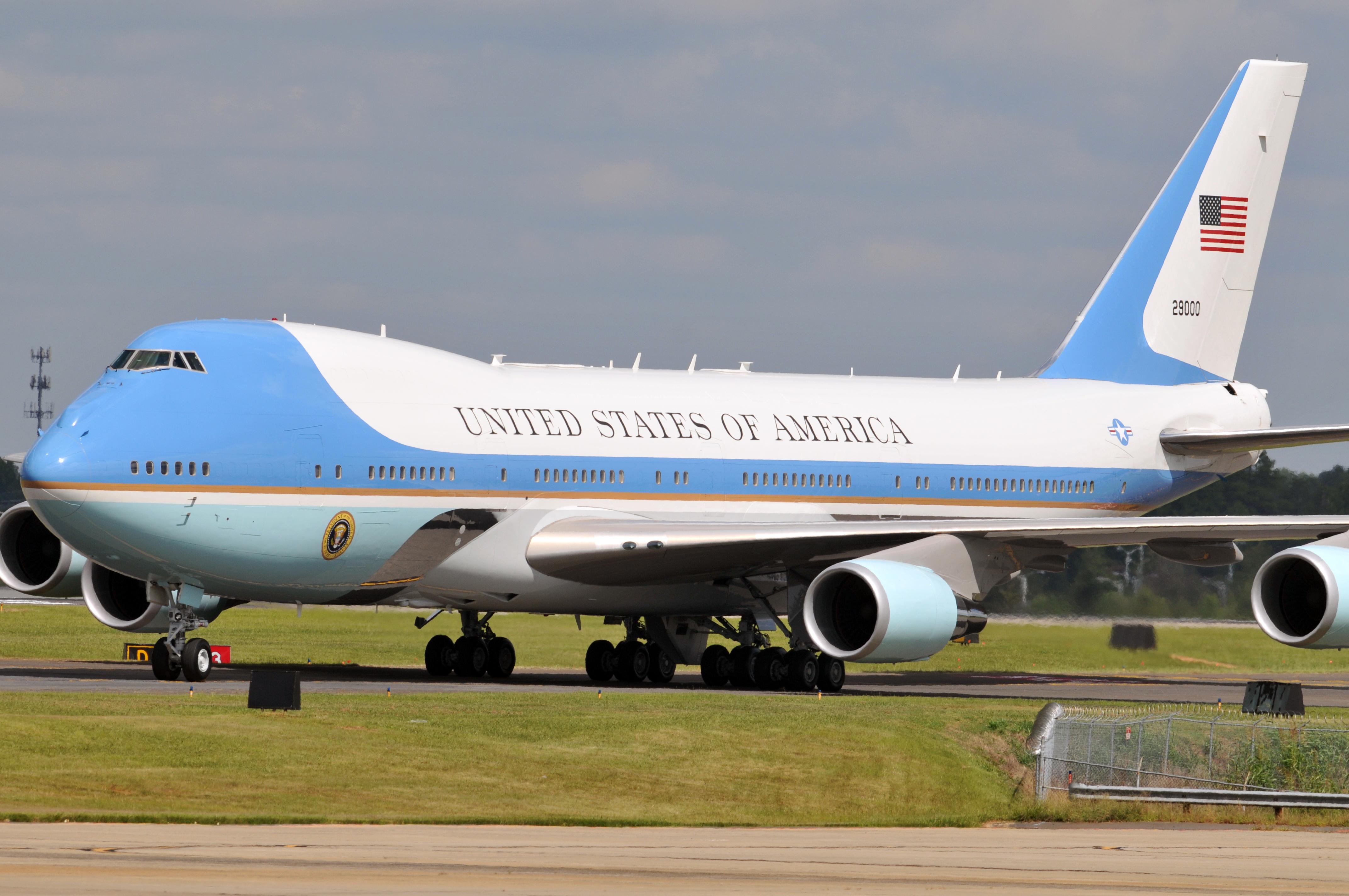 Fil Air Force One Arrives At The North Carolina Air National Guard Base At Charlotte Douglas