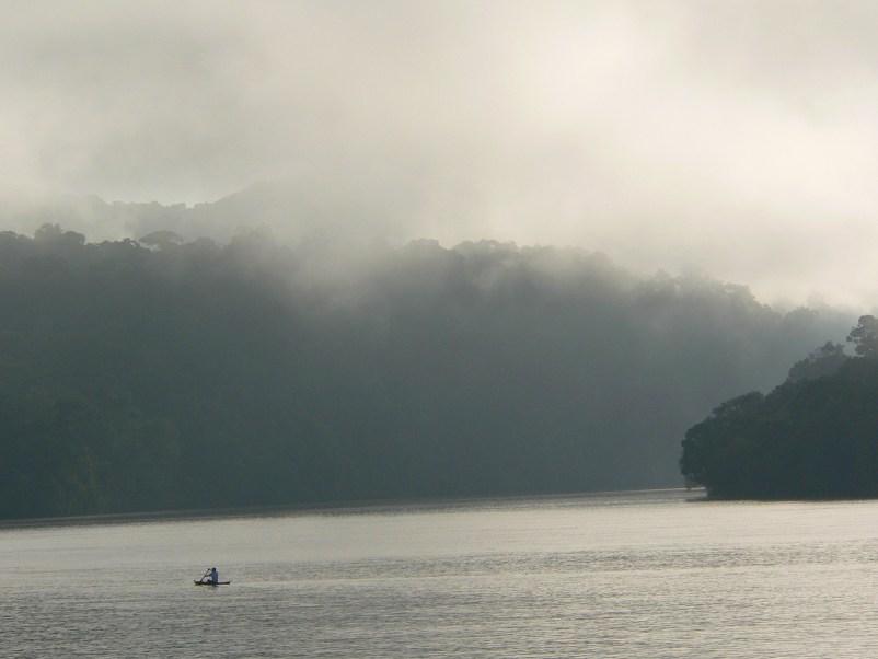 https://i0.wp.com/upload.wikimedia.org/wikipedia/commons/d/d0/Rio_Dulce_-_Guatemala.jpg?resize=802%2C602&ssl=1