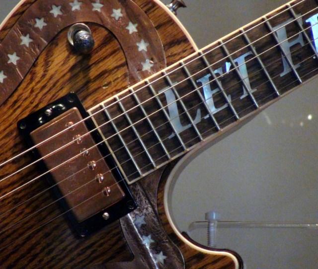 Filespirit Of America Gibson Les Paul Guitar Closeup At Ellis Island 2011 03