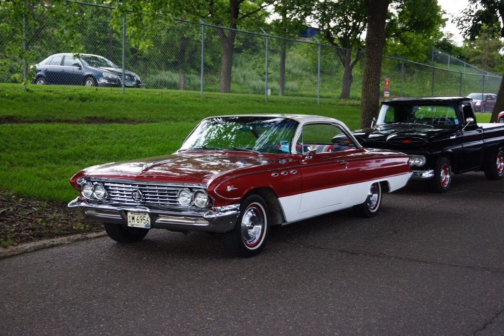 medium resolution of file 1961 buick lesabre 34770744913 jpg