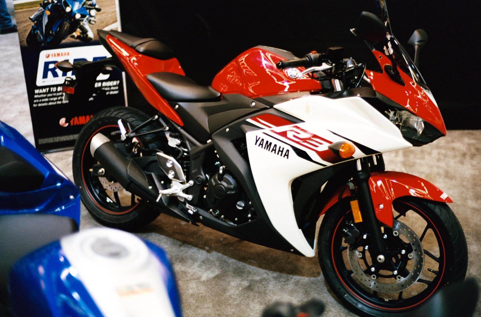 hight resolution of 2015 yamaha yzf r3 right jpg manufacturer yamaha motor company