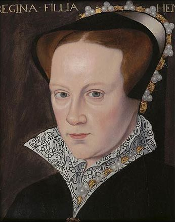 Embroidery styles 1500s - Blackwork embroidery collar on Mary I of England.