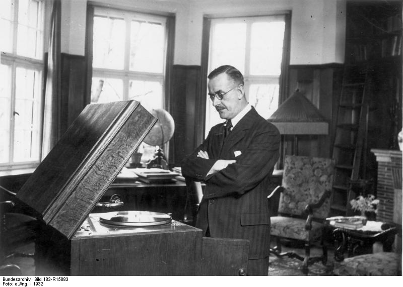 Datei:Bundesarchiv Bild 183-R15883, Thomas Mann.jpg