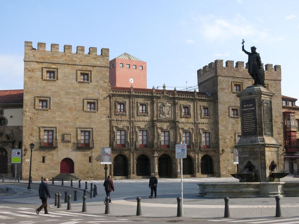 Palacio de Revillagigedo - Wikipedia, la enciclopedia libre