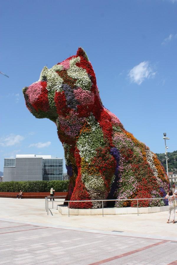 File Puppy Bilbao July 2010 01 - Wikimedia Commons