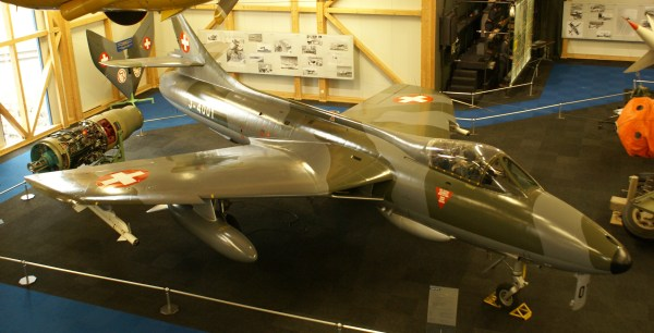 File Swiss Air Force Hawker Hunter Mk.58 High Frontal View
