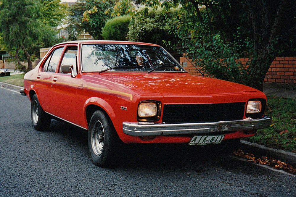 medium resolution of http upload wikimedia org wikipedia commons d d5 1975 lh holden torana front 2c burwood 2c vic 2c 5 4 1996 jpg