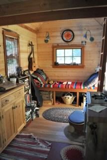 File Tiny House Interior - Wikimedia Commons
