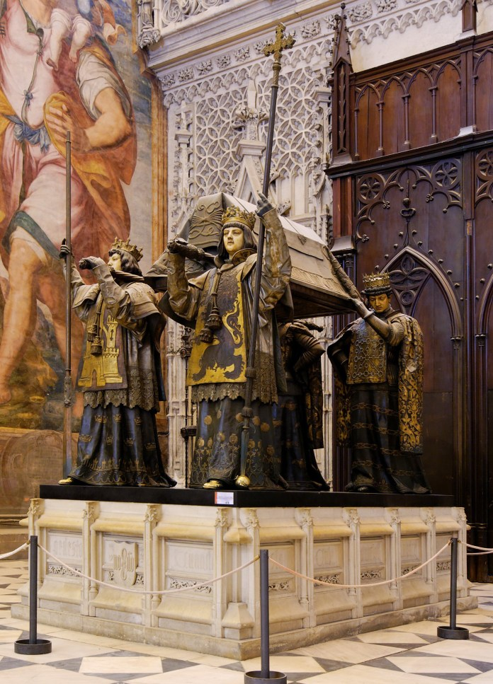 Resultado de imagen para Fotos: En la Catedral de Santo Domingo (República Dominicana), se hallan los restos de Cristóbal Colón.