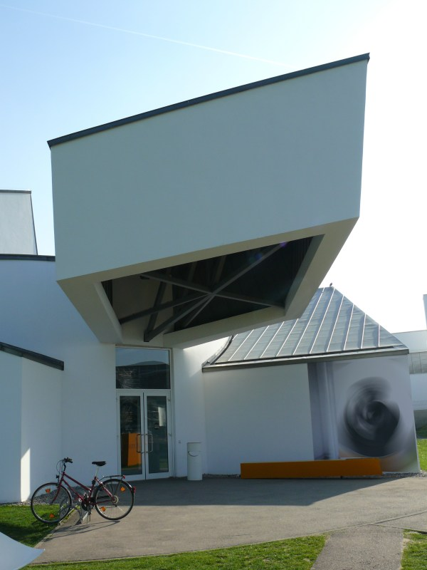 File Vitra Design Museum Weil Rhein - Wikimedia