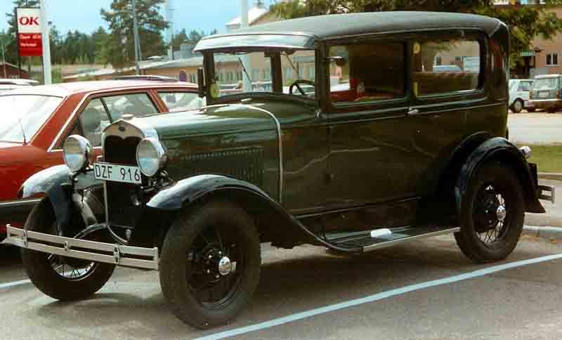 1932 Ford Sedan Rat Rod