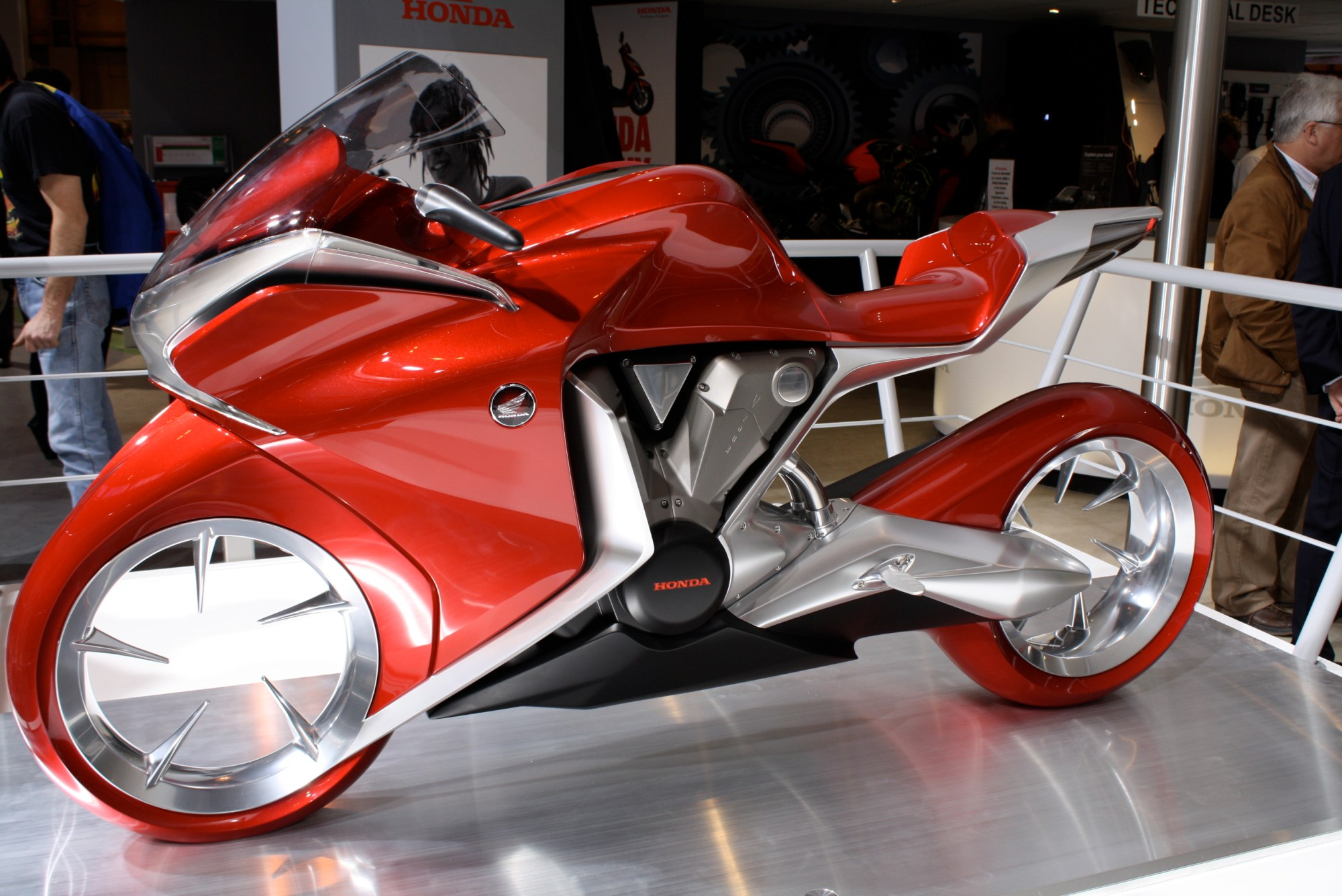 hight resolution of file honda v4 concept left jpg
