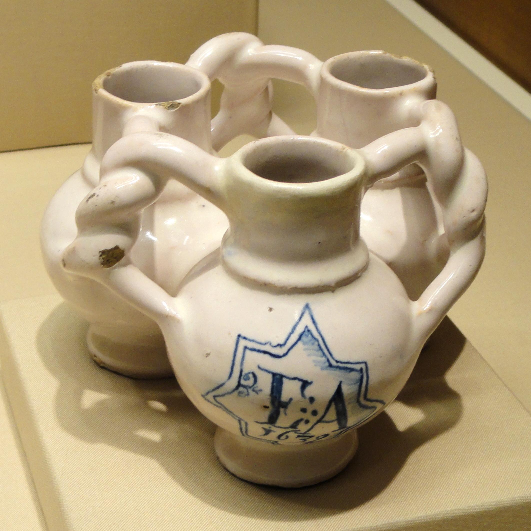 file fuddling cup london