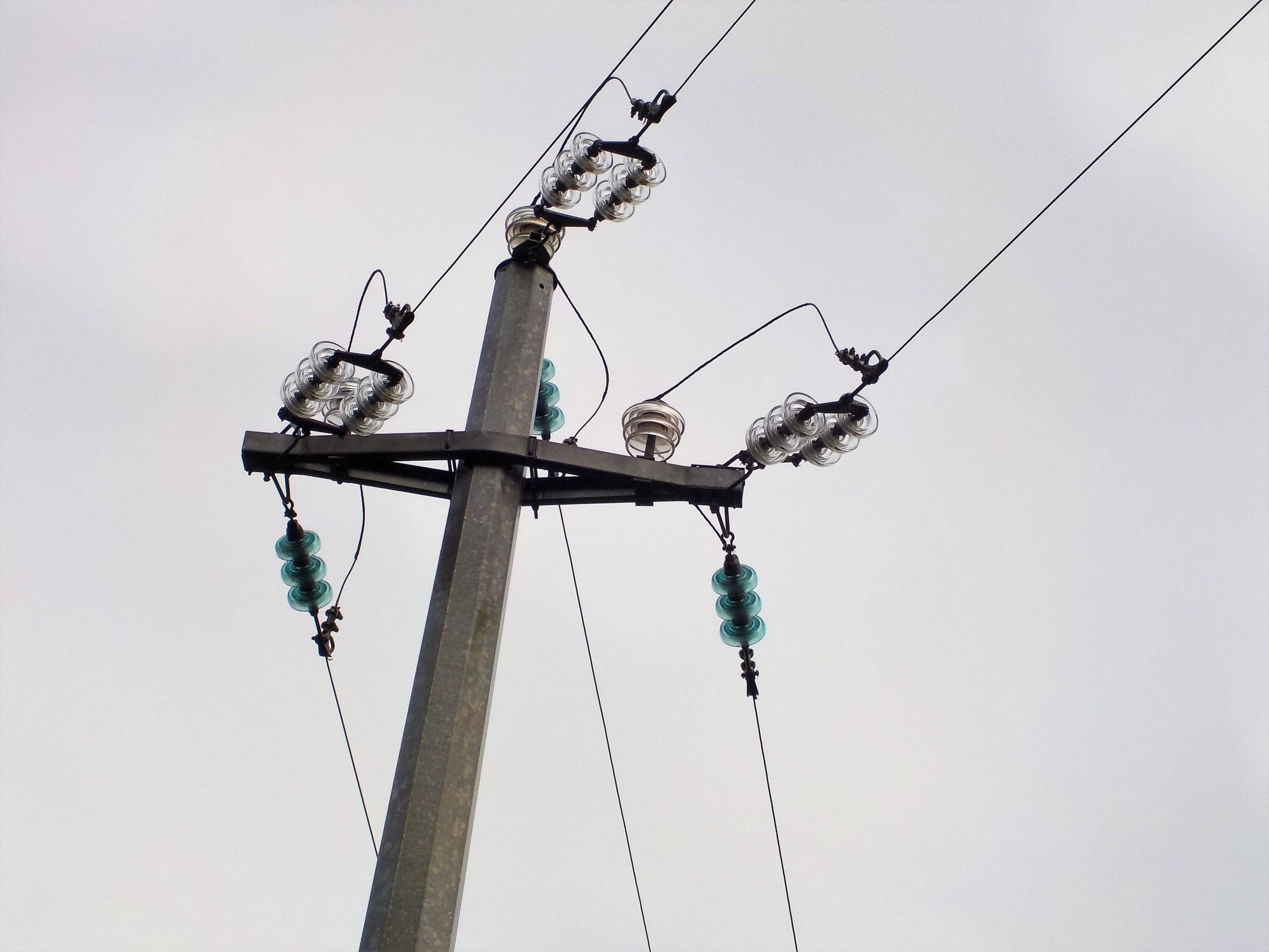 hight resolution of file high voltage cables with glass insulators jpg