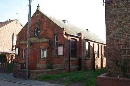 File:Barmby on the Marsh, Methodist Church - geograph.org.uk