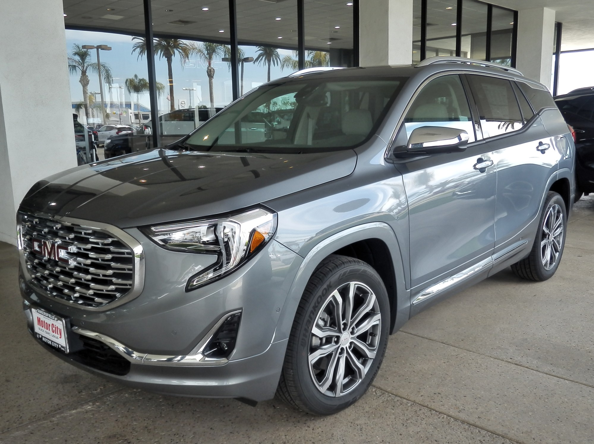 hight resolution of gmc terrain