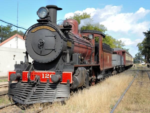 Wiki Steam Locomotive - Upcscavenger