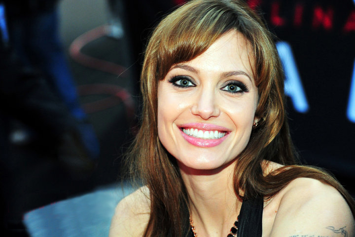 File:Angelina jolie by philipp von ostau.jpg