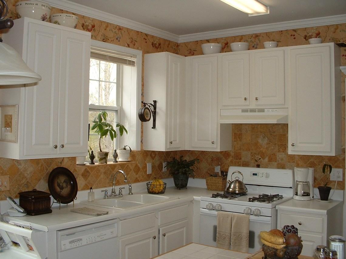 Modern Kitchen Kitchen Wall Storage Solutions