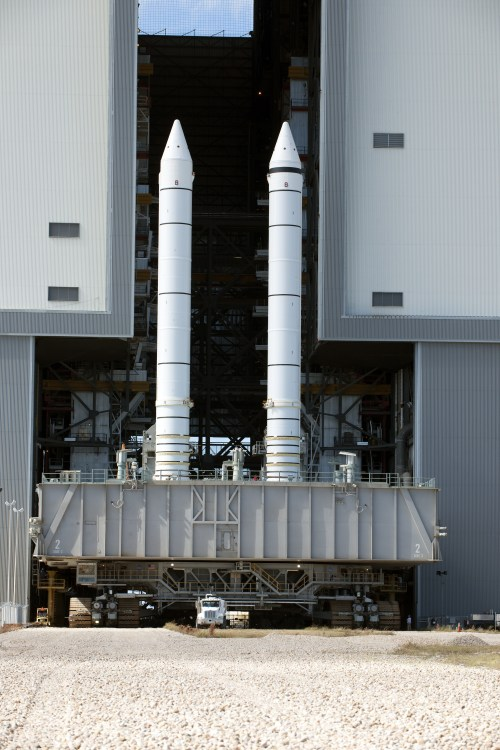 small resolution of space shuttle solid rocket booster