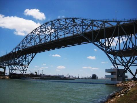 https://i0.wp.com/upload.wikimedia.org/wikipedia/commons/d/dc/Corpus_Christi_Bridge.JPG?resize=476%2C357&ssl=1