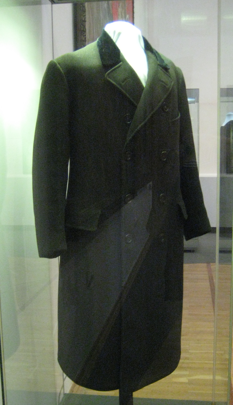 FileLenins coat 1910s GIMjpg  Wikimedia Commons