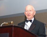 Photo of Ross Perot speaking at U.S. Army 2nd ...