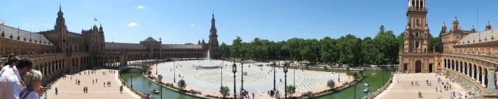 https://i0.wp.com/upload.wikimedia.org/wikipedia/commons/d/dd/Plaza_de_Espana_-_Sevilla.jpg?resize=720%2C143&ssl=1