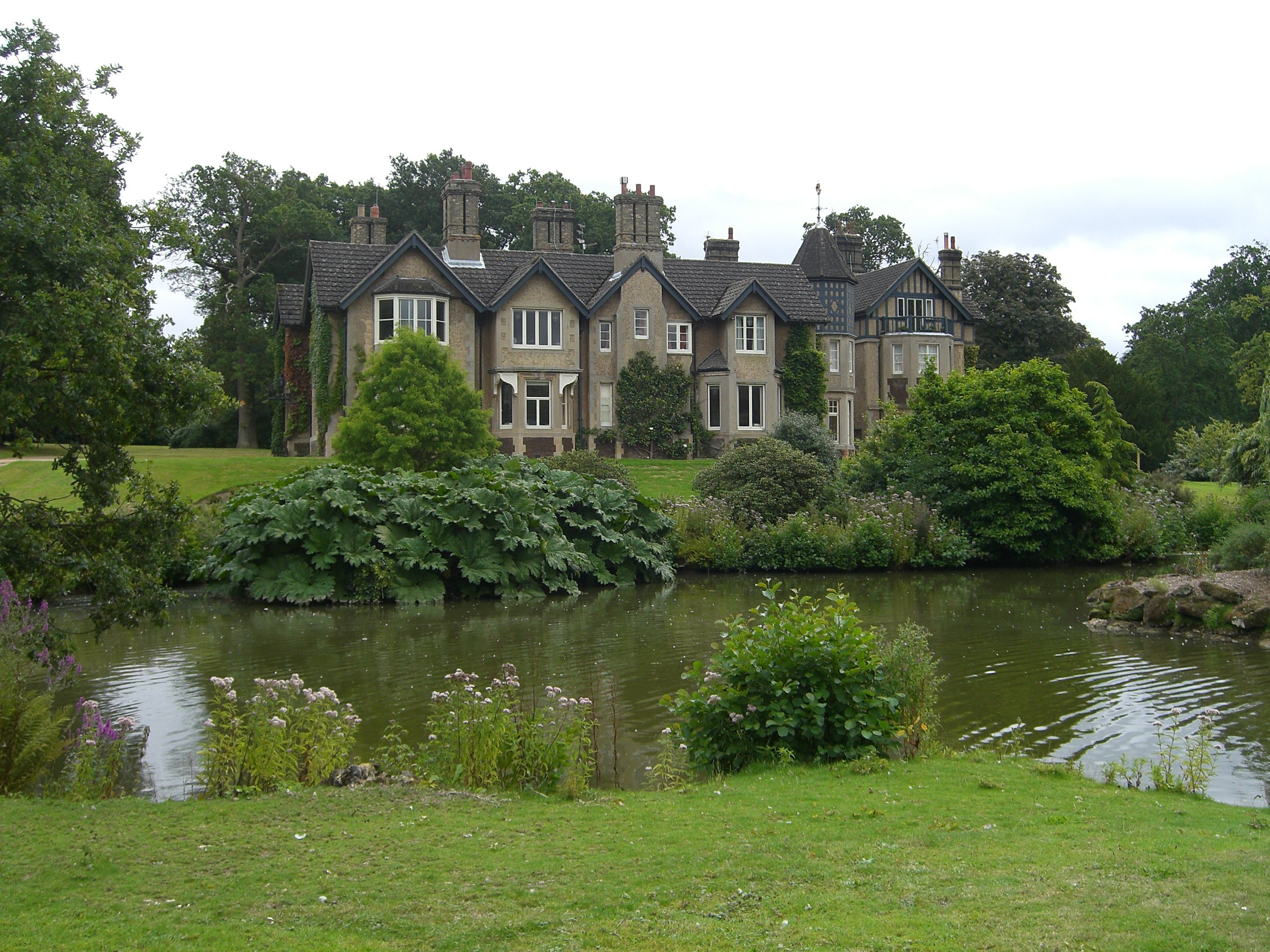 FileYork Cottage Sandringham Estate  panoramiojpg  Wikimedia Commons