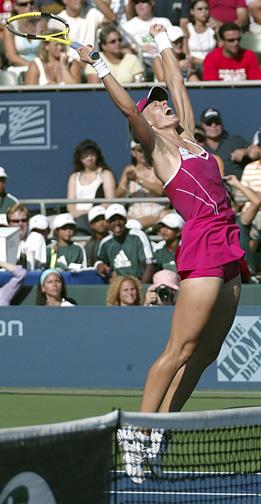 Tennis player Elena Dementieva, winning a Mast...