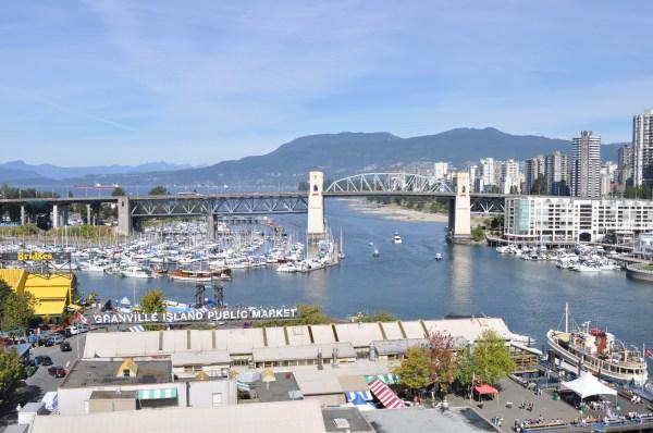 File Vancouver - Burrard Bridge Over Granville Island
