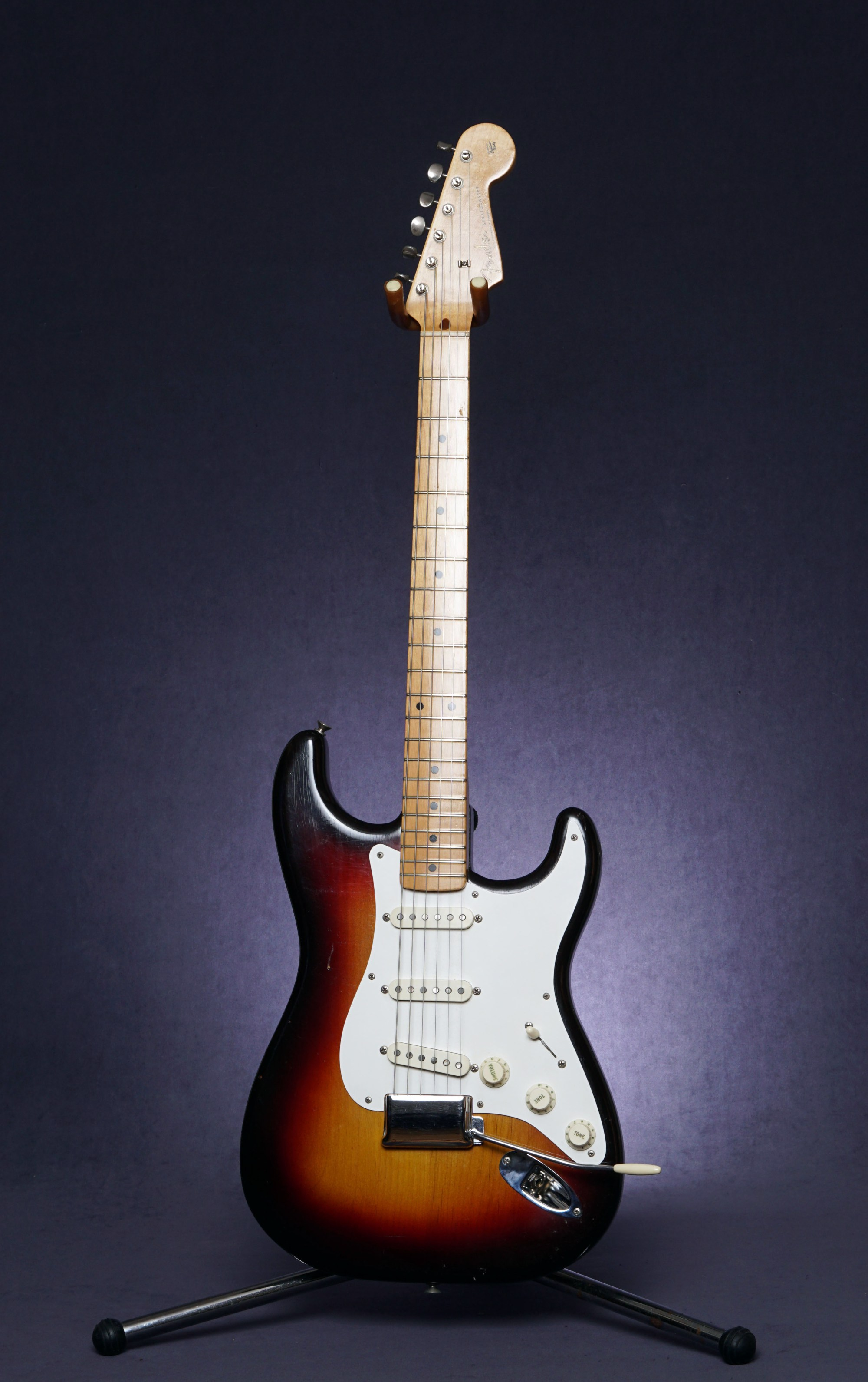 hight resolution of fender stratocaster