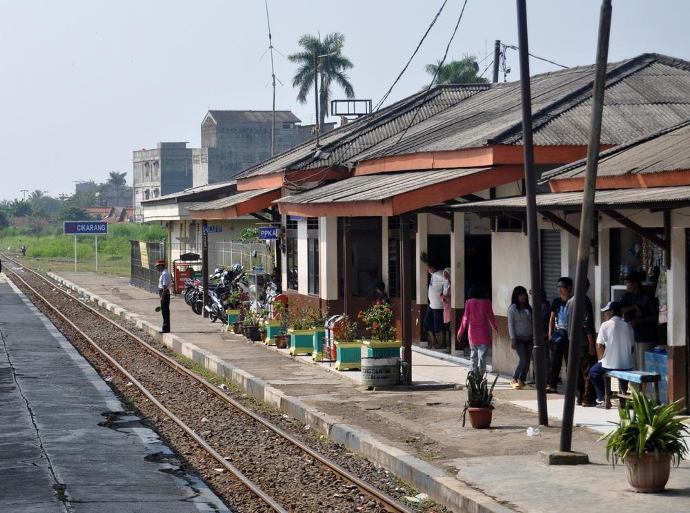 Stasiun Cikarang  Wikipedia bahasa Indonesia